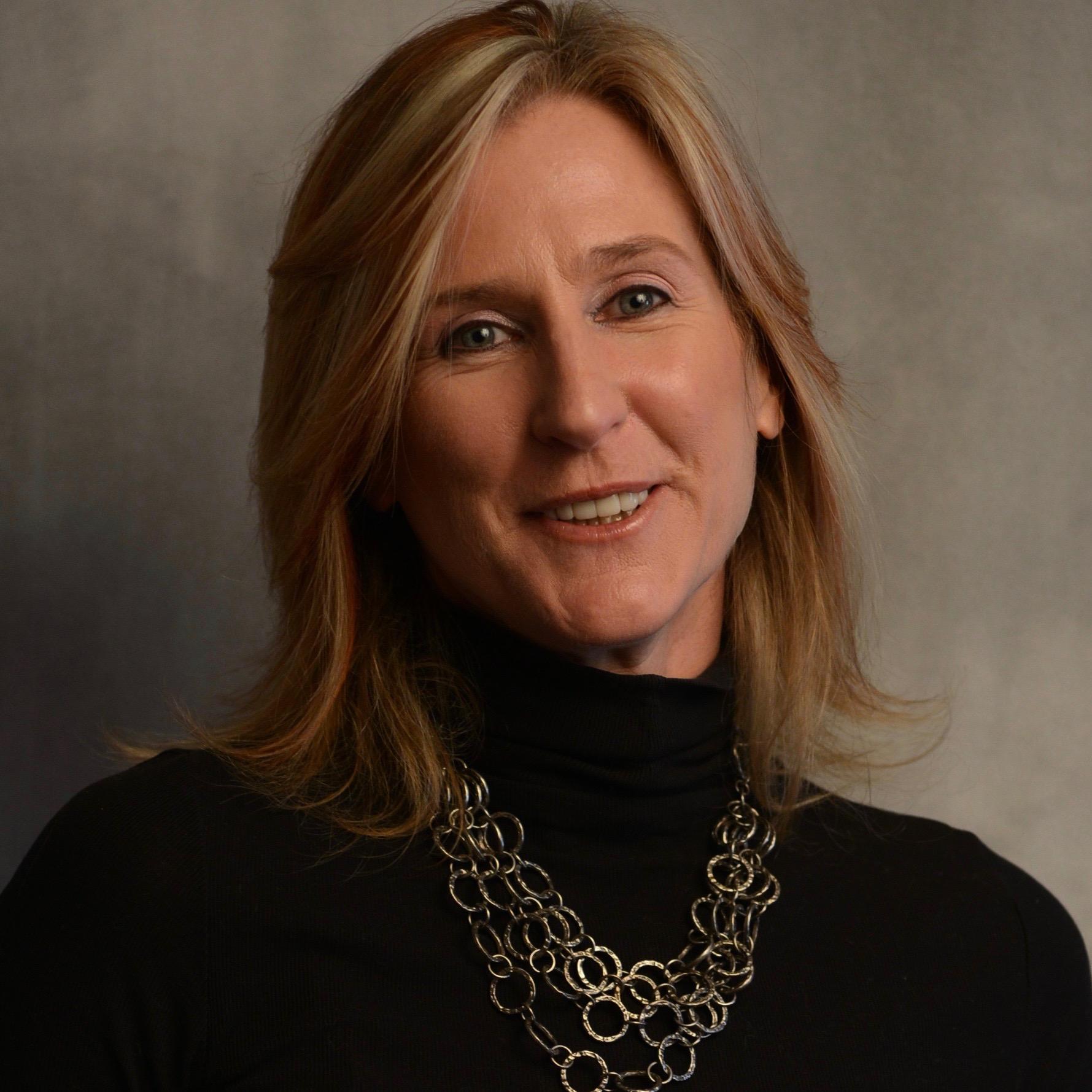 Beth Haase Headshot - ek haase (2)